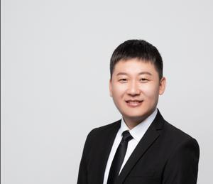 苗笼青 软件工程师,海康软件集团高级项目经理兼WEB全栈高级讲师。